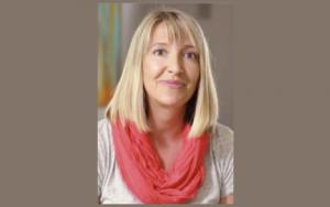 Professor Erin Ratelis